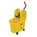 Rubbermaid FG757900 WaveBrake 35 Qt. Institutional Mop Bucket Combo